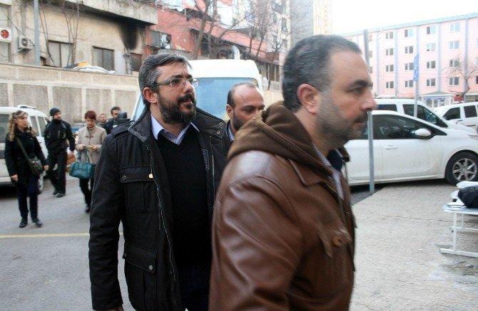 Bursa'da Gözaltına Alınan 3 Akademisyen Adliyeye Sevk Edildi