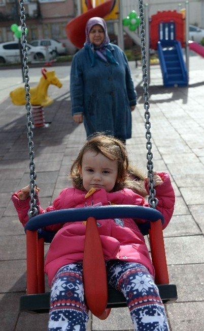 Osmangazi Yeni Bir Park Ve Meydana Kavuştu