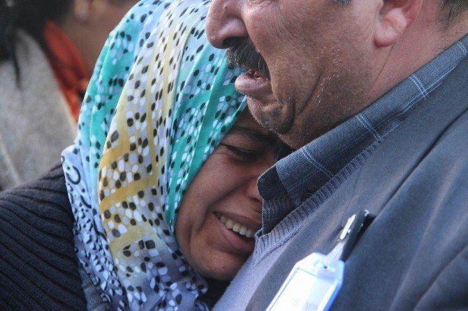 Çınar Şehidi Ve Kızı İçin Tören Düzenlendi