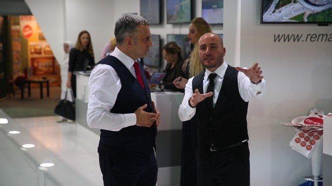 """Faruk Kalkavan: """"Dünyada İlk Emlak Süpermarketi Modelini Tanıttık"""""""