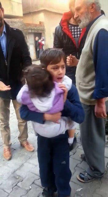 Cizre'de bir binaya atılan patlayıcı sonrası çok sayıda kişi yaralandı