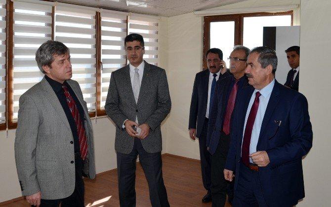 Vali Çınar'dan, Başkan Gürsoy'a Övgü Dolu Sözler