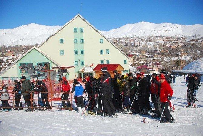 Bitlis'te Kayak Sezonu Başladı