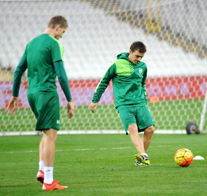 Bursaspor, Timsah Arena'da çalıştı