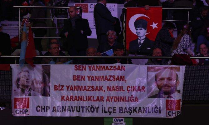 CHP'de kurultay başladı; Balbay yeterli imzaya ulaşamadı