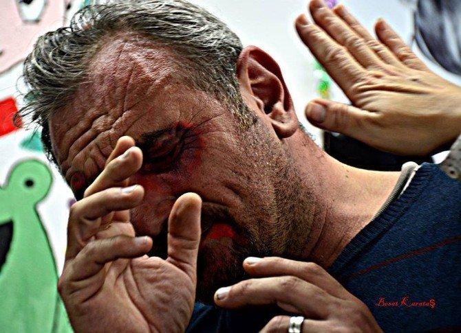 Kadına Yönelik Şiddeti Fotoğraflarla Protesto Ettiler