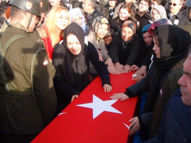 Kırşehir şehidini gözyaşlarıyla uğurladı