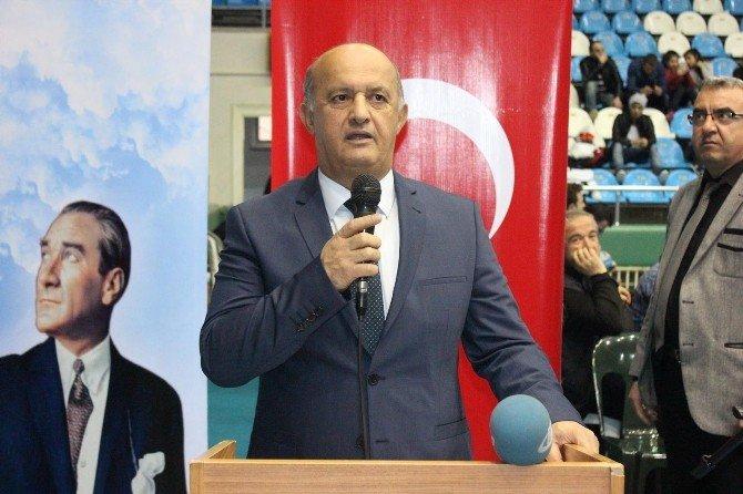 Büyük Bayanlar Güreş Türkiye Şampiyonası Edirne'de Başladı