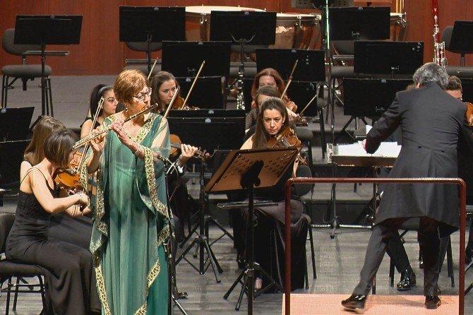 Günay Yetiz Ve Senfoni Orkestrası'ndan Müzik Ziyafeti