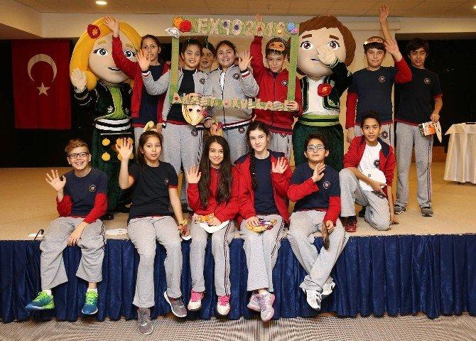 Öğrenciler EXPO 2016'ya Özel Şakayık Bahçesi Oluşturdu