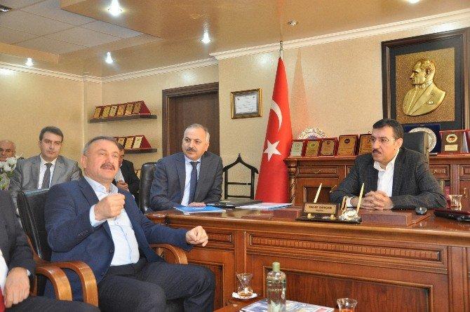 """Bakan Tüfenkci: """"Sağduyu Timsali Esnafımız, Ülkenin Belkemiği"""""""