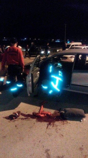 Burhaniye'de Zincirleme Kaza: 1 Ölü, 2 Yaralı