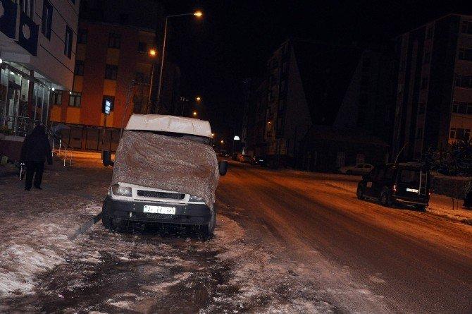 Kars, Eksi 20 İle Buz Kesti