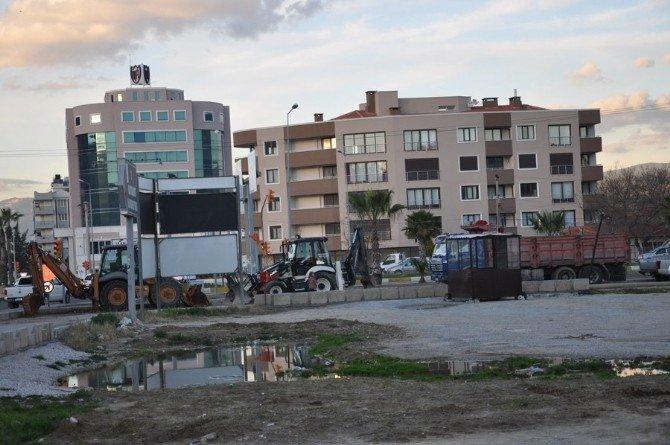 Milas'ta Vatandaştan Kamyon Parklarına Tepki