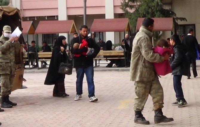 Suriye Sınırında Kaçak Peruk Yakalandı