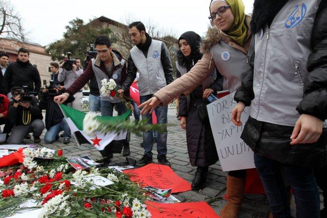 Suriyeli öğrenciler, patlamada ölenleri andı
