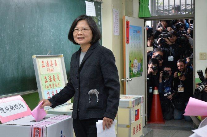 Tayvan'da halk sandık başına gitti
