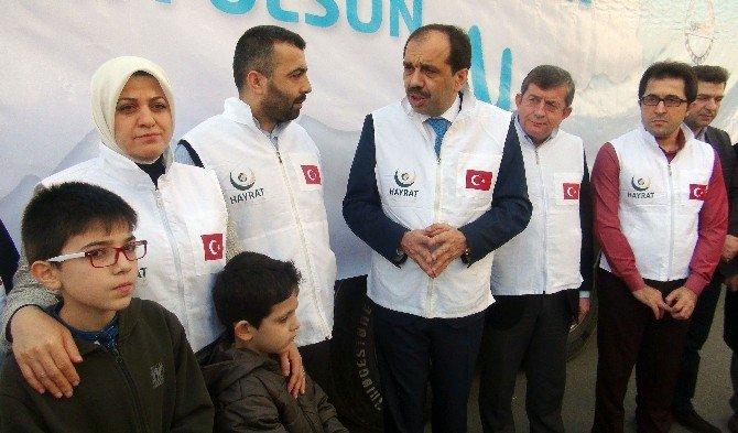 Trabzon'da Bayırbucak Türkmenlerine 5 Tır İnsani Yardım Malzemesi Gönderildi