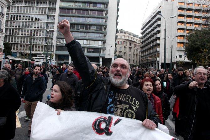 Yunanistan'da sosyal güvenlik reformu protesto edildi