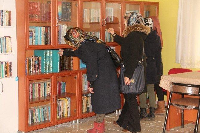 Elazığ Dallıca Köyüne 'Aziz Sancar' Adına Kütüphane Açıldı