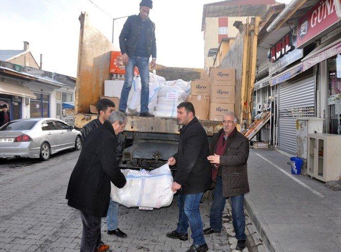 Adilcevaz'dan Bayırbucak Türkmenlerine Yardım
