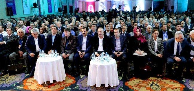 Bakan Ünal'dan Bildiriye İmza Atan Akademisyenlere Ağır Eleştiri