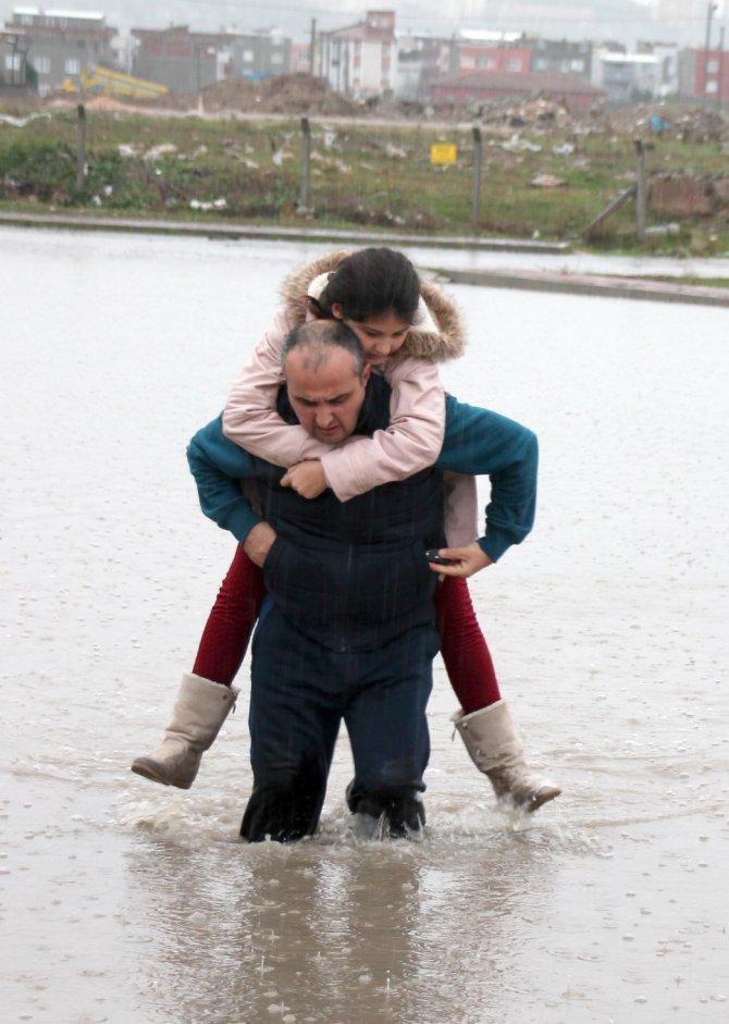 Bandırma'da sel baskını