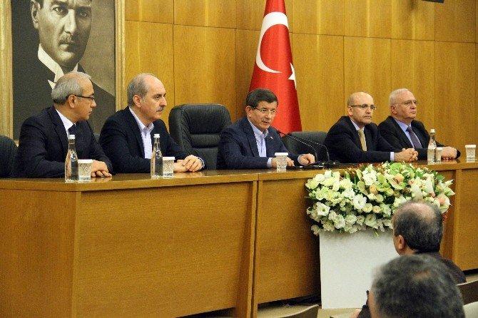 Başbakan Davutoğlu, İngiltere Ziyaretine İlişkin Açıklama Yaptı
