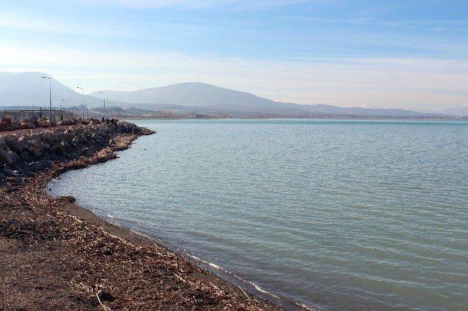Beyşehir Gölü Temizleniyor