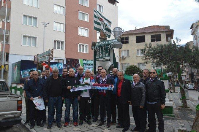 Trabzonspor Başkanı Usta, Bursaspor Parkı Ve Derneğini Ziyaret Etti