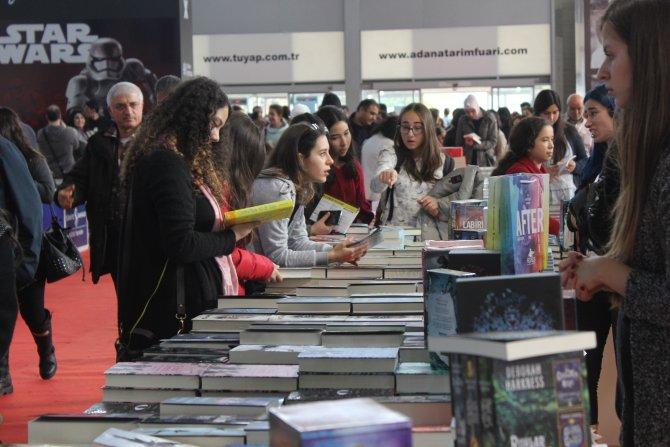 Çukurova Kitap Fuarı bu yıl rekor ziyaretçiyi ağırladı