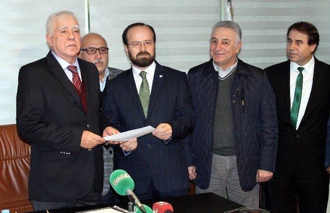 Bursaspor'da Başkan Adayları Listelerini Verdi