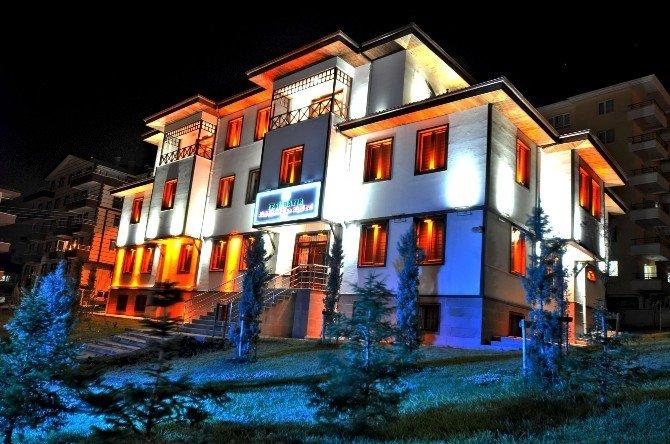 Mamak Belediyesi'nden Kent Estetiğine Işıl Işıl Katkı