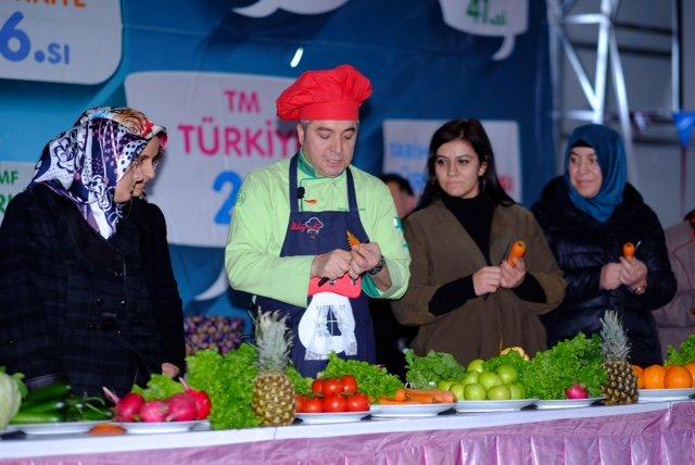 Oktay Usta, Sivaslılara lezzet sırları verdi