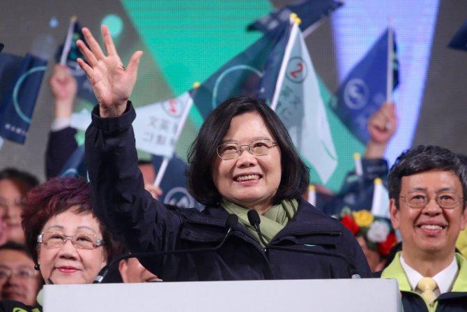 Tayvan'daki seçimden demokratlar galip çıktı