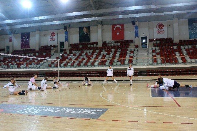 Altınova'nın Sultanları Start Verdi