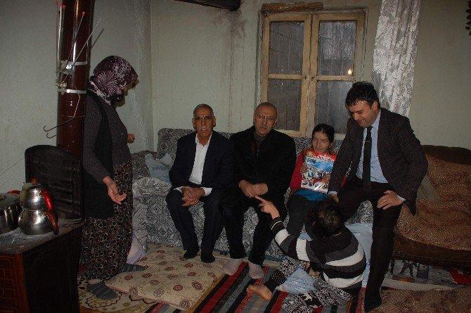 Adıyamanlılar Vakfından Fakir Ailelere Yardım