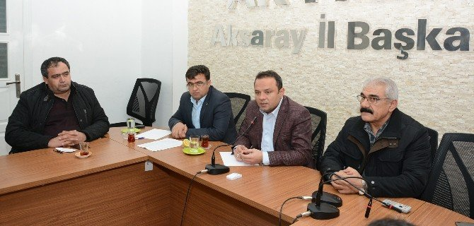 Aksaray'da AK Parti'den Muhtarlarla İstişare Toplantısı