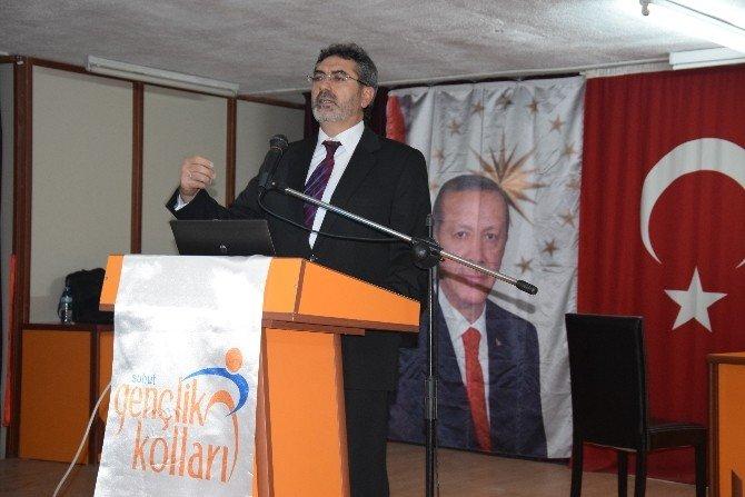 """Şuhut AK Parti Gençlik Kollarından """"Yeni Türkiye Ve Ortadoğu"""" Konulu Konferans"""