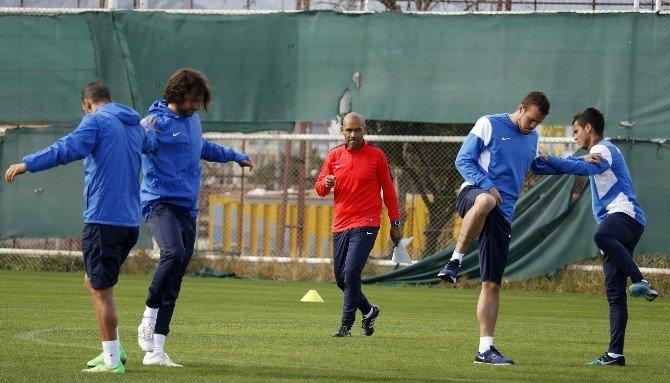 Antalyaspor, ETO'o'dan Yoksun Çalıştı