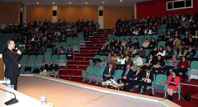 Aydın'da Öğrenci Ve Velilere Kişisel Gelişim Anlatıldı