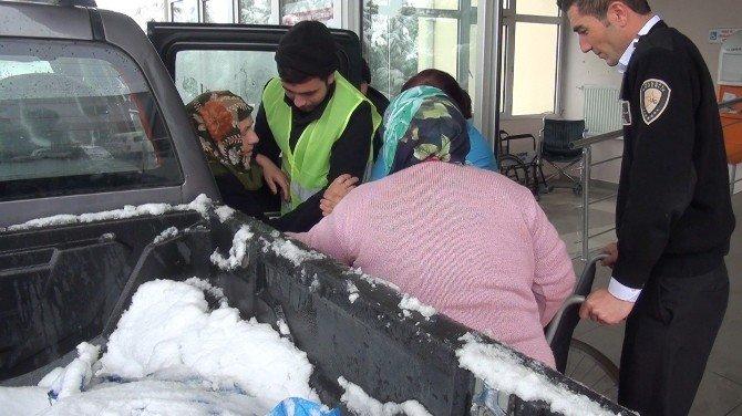 Karda Diyaliz Hastalarına Belediye Yardımı