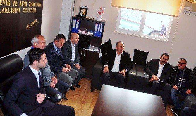 Dışişleri Bakanı Çavuşoğlu'ndan Manavgatspor'a Tesis Ve Destek Sözü