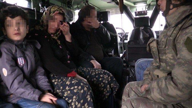 Sur'da Mahsur Kalan 3'ü Çocuk 5 Kişilik Aile Kurtarıldı