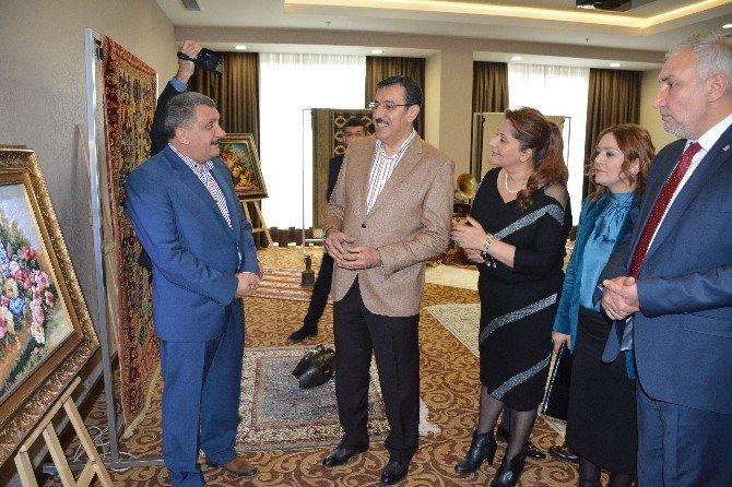 Bakan Tüfenkci, İpek Halı Sergisinin Açılışını Gerçekleştirdi