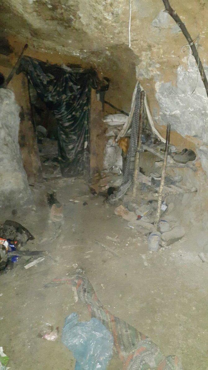 Amanoslarda terör örgütüne ait sığınak ve malzeme ele geçirildi