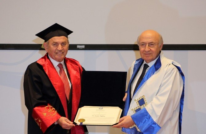Marmara Üniversitesi'nden Topbaş'a 'Fahri Doktora' Ünvanı