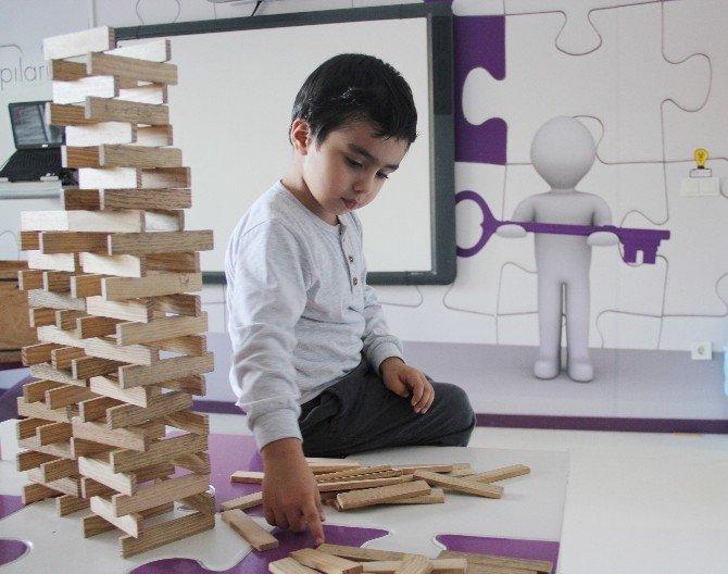 İstanbul'da 6 Bin TL'lik Ücretsiz Eğitim İçin 200 Çocuk Aranıyor