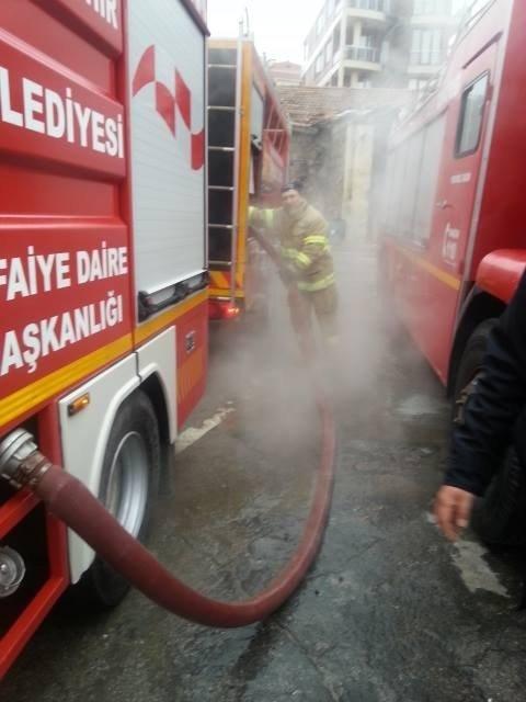 Edremit'te İtfaiye Araçlarında Don Olayına Jeotermal Suyu