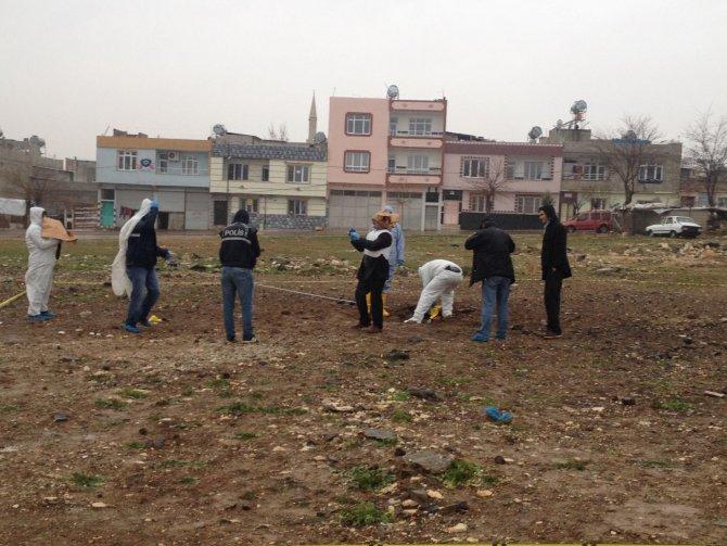 Kilis'te roket mermisinin düştüğü arazide inceleme yapıldı